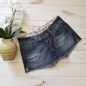 Guess size 28 shorts